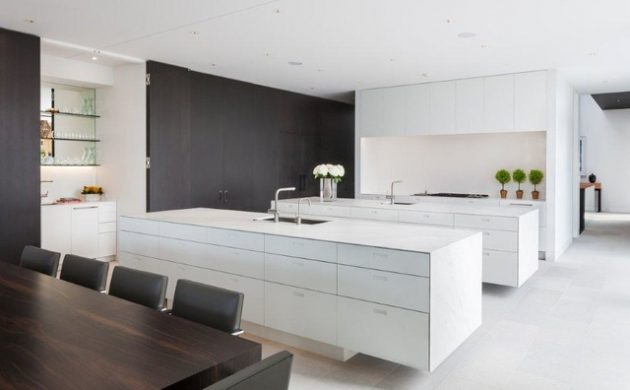 multifunctional seamless kitchen